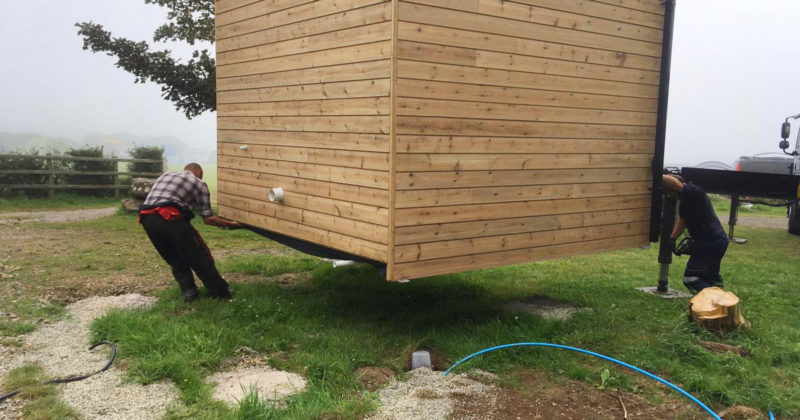 Installation of a portable toilet unit